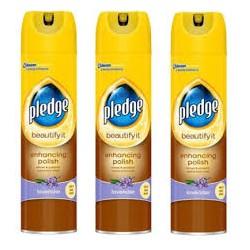 Spray do czyszczenia Pledge...